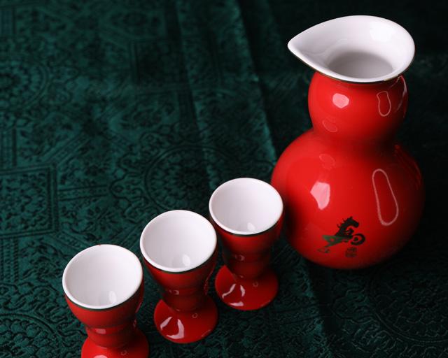 红黄葫芦酒具
